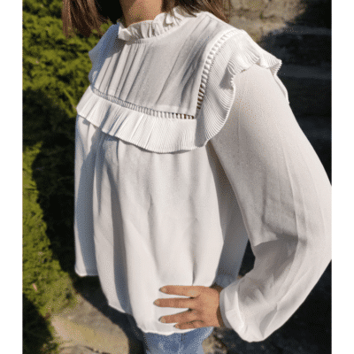 blouse blanche mode femme volants col victorien