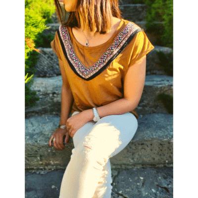 t shirt camel suédine broderie mode femme